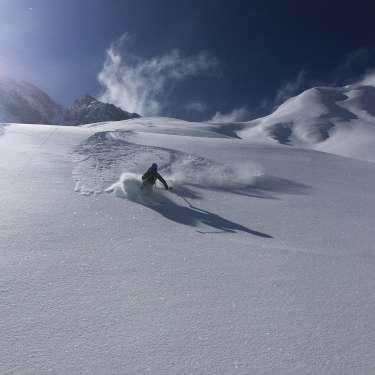 Fun&Snow Ski Guiding - Deep Powder